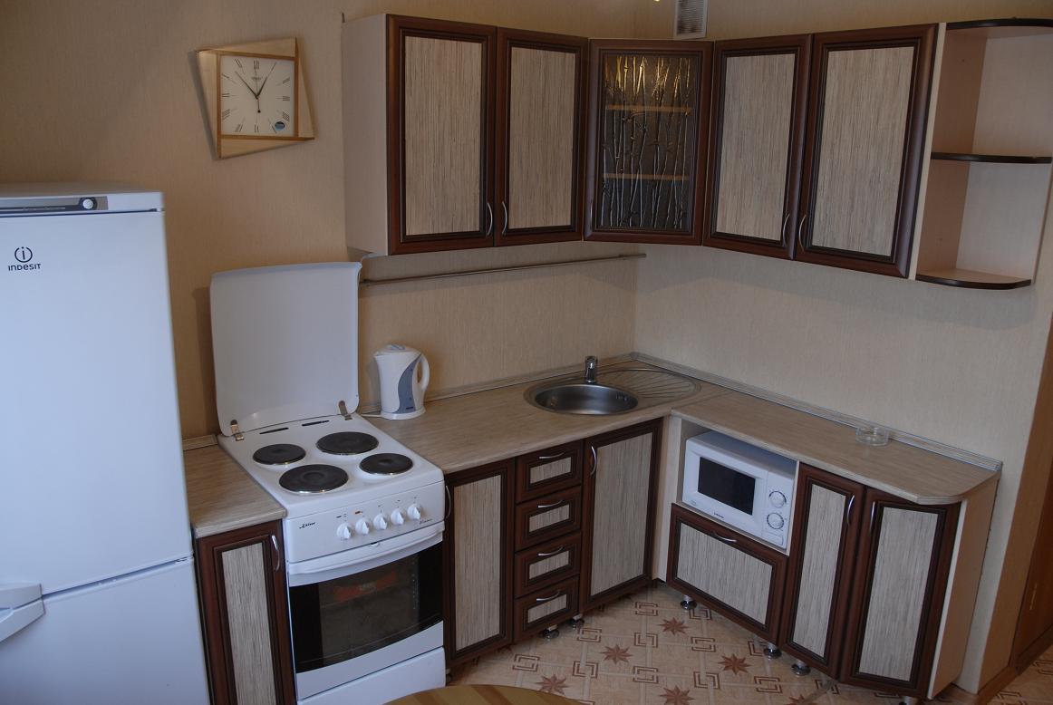 Обычные кухни фото